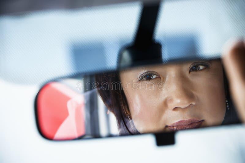 οπισθοσκόπος γυναίκα κ& στοκ εικόνα με δικαίωμα ελεύθερης χρήσης