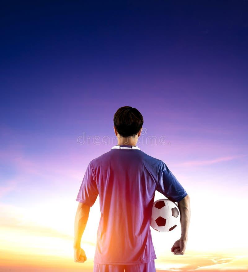 Οπισθοσκόπος της ανατολής προσοχής ποδοσφαιριστών στοκ φωτογραφία με δικαίωμα ελεύθερης χρήσης