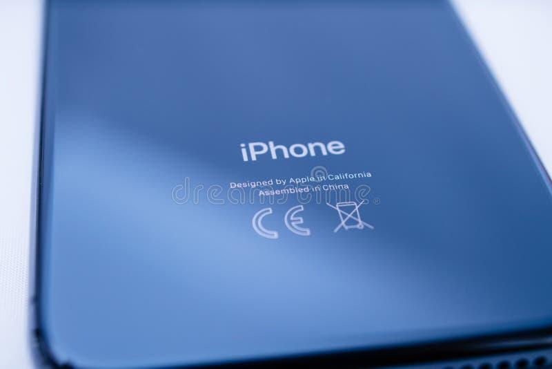 Οπισθοσκόπος του πιό πρόσφατου iphone Χ που γίνεται από τη Apple στοκ εικόνες