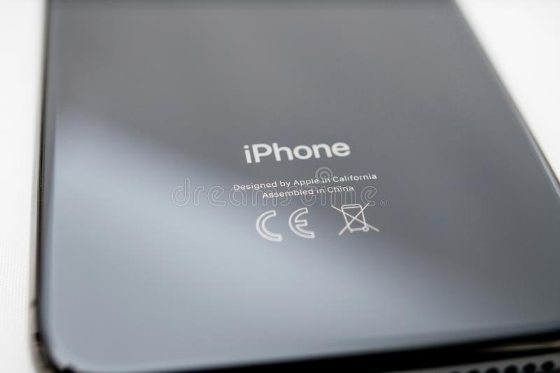Οπισθοσκόπος του πιό πρόσφατου iphone Χ που γίνεται από τη Apple στοκ φωτογραφίες