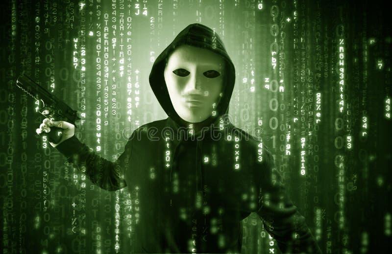 Οπλισμένος χάκερ στην έννοια σύννεφων ασφάλειας cyber στοκ εικόνα