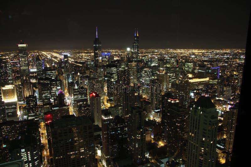 Ορίζοντας άποψης του Σικάγου τή νύχτα στοκ φωτογραφία με δικαίωμα ελεύθερης χρήσης
