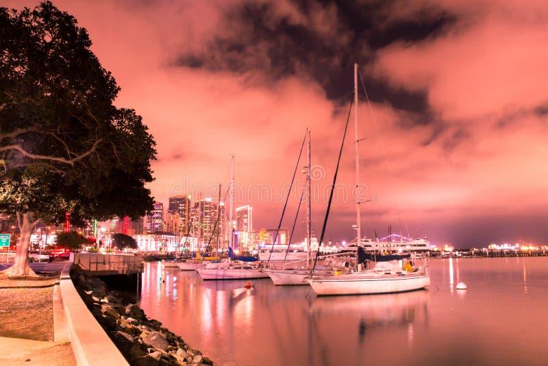 Ορίζοντας ηλιοβασιλέματος του Σαν Ντιέγκο Καλιφόρνια ζωηρόχρωμος στοκ εικόνα με δικαίωμα ελεύθερης χρήσης