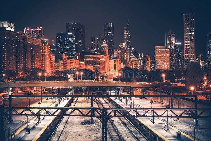 Ορίζοντας και σιδηρόδρομος του Σικάγου στοκ εικόνα με δικαίωμα ελεύθερης χρήσης