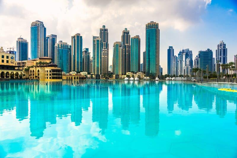Ορίζοντας μαρινών του Ντουμπάι, Ε.Α.Ε. στοκ φωτογραφία με δικαίωμα ελεύθερης χρήσης