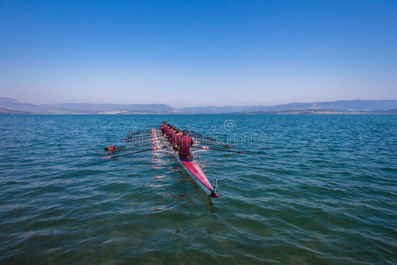Ορίζοντας νερού ομάδας ΥΧΕ Eights Regatta στοκ εικόνα