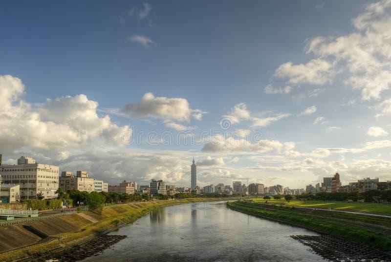 ορίζοντας Ταιπέι πόλεων στοκ εικόνα με δικαίωμα ελεύθερης χρήσης