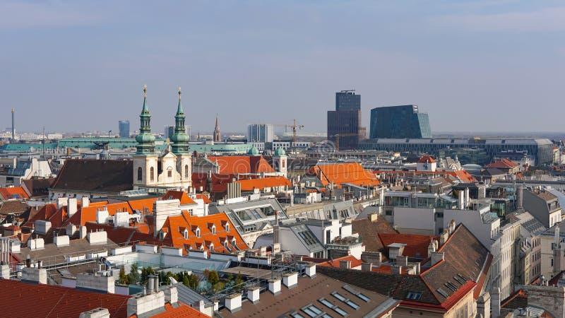 Ορίζοντας της Βιέννης, Αυστρία εναέρια όψη της Βιέννης australites Η Βιέννη Wien είναι η κύρια και μεγαλύτερη πόλη της Αυστρίας,  στοκ εικόνα με δικαίωμα ελεύθερης χρήσης