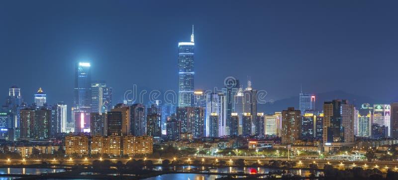 Ορίζοντας της πόλης Shenzhen, Κίνα τη νύχτα στοκ φωτογραφία με δικαίωμα ελεύθερης χρήσης