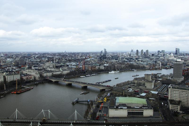 Ορίζοντας του Λονδίνου που φωτογραφίζεται από το μάτι του Λονδίνου στοκ φωτογραφίες με δικαίωμα ελεύθερης χρήσης