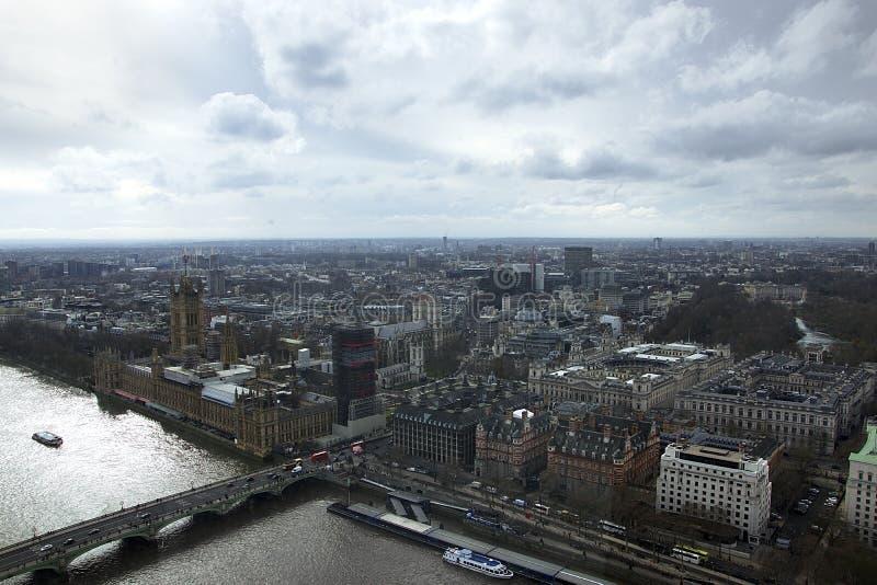Ορίζοντας του Λονδίνου που φωτογραφίζεται από το μάτι του Λονδίνου στοκ εικόνες με δικαίωμα ελεύθερης χρήσης