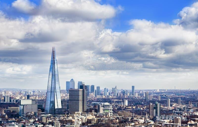 ορίζοντας του Λονδίνο&upsilon στοκ φωτογραφία με δικαίωμα ελεύθερης χρήσης