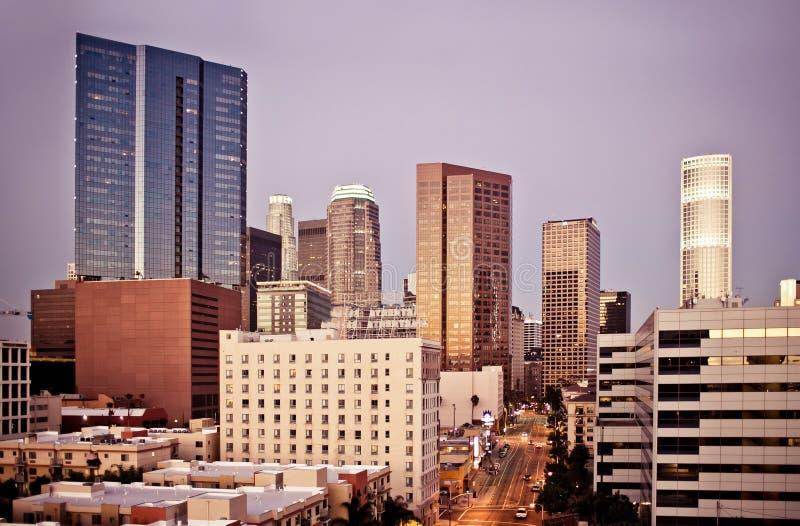 Ορίζοντας του Λος Άντζελες στα ξημερώματα στοκ φωτογραφία με δικαίωμα ελεύθερης χρήσης