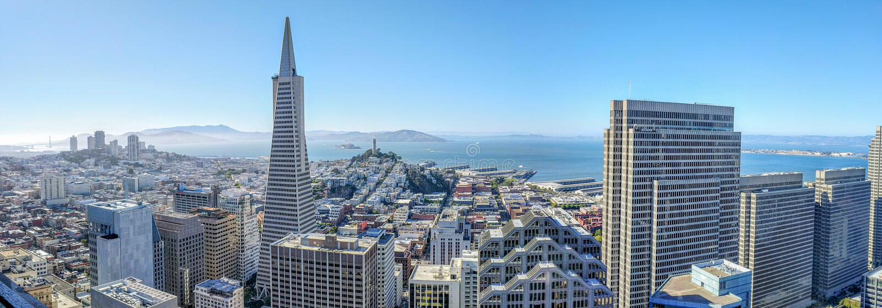 Ορίζοντας του Σαν Φρανσίσκο στοκ εικόνα