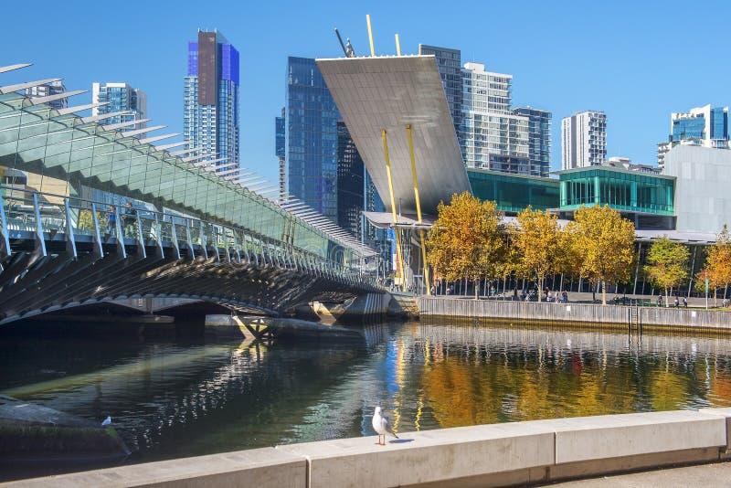 Ορίζοντας Southbank και ποταμός Yarra, Μελβούρνη, Αυστραλία στοκ εικόνες με δικαίωμα ελεύθερης χρήσης