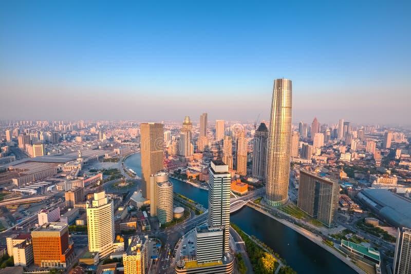 Ορίζοντας Tianjin στο σούρουπο στοκ φωτογραφίες