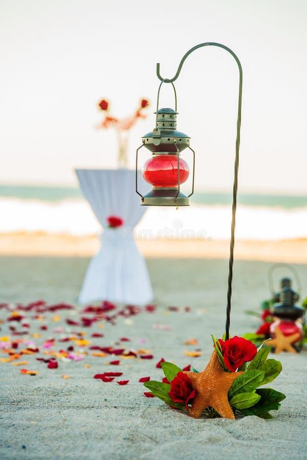 Οργάνωση γαμήλιας τελετής παραλιών στοκ εικόνες