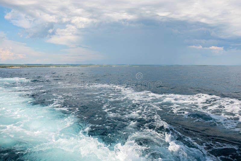Οργιμένος σύσταση θαλάσσιου νερού στοκ φωτογραφίες