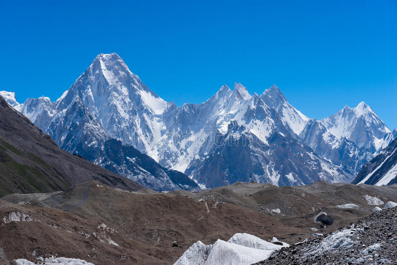 Ορεινός όγκος Gasherbrum moutain με πολλούς αιχμή, Skardu, Gilgit, Pakist στοκ φωτογραφία