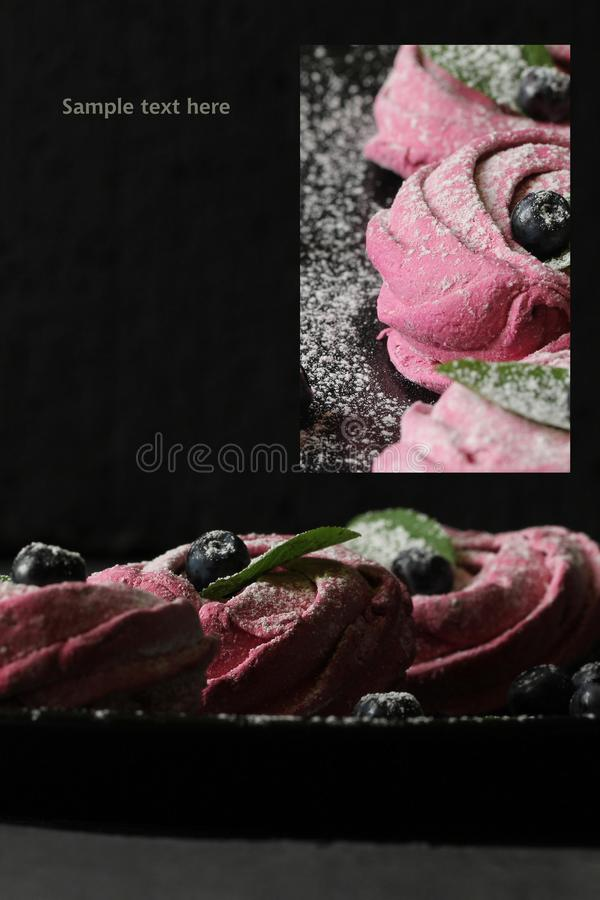 Ορθογώνιο κολάζ - ρόδινο σπιτικό zephyr ή marshmallow, merin στοκ εικόνες