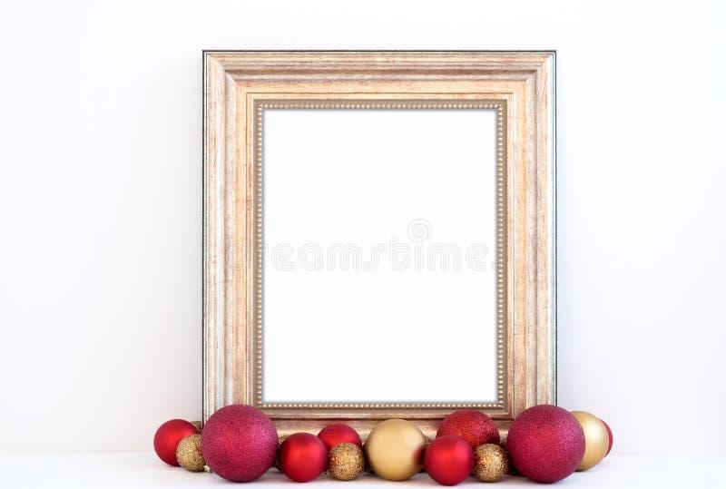 Ορισμένη φωτογραφία αποθεμάτων Χριστουγέννων πρότυπο με το χρυσό πλαίσιο στοκ φωτογραφία με δικαίωμα ελεύθερης χρήσης