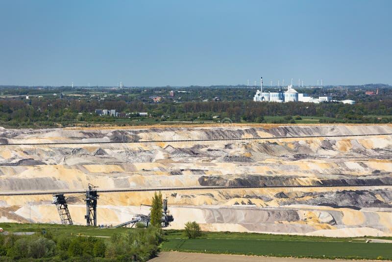Ορυχείο κοιλωμάτων και εργοστάσιο ζάχαρης στοκ φωτογραφίες
