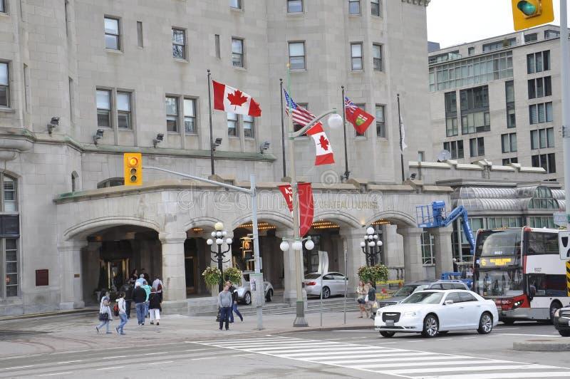 Οττάβα, στις 26 Ιουνίου: Λεπτομέρειες οικοδόμησης Laurier πύργων Fairmont από κεντρικός της Οττάβας στον Καναδά στοκ εικόνα