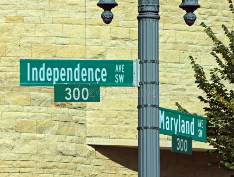 Ουάσιγκτον, σημάδι ΣΥΝΕΧΩΝ οδών στοκ φωτογραφία με δικαίωμα ελεύθερης χρήσης