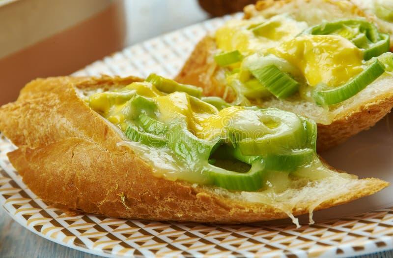 Ουαλλέζικα πράσο και τυρί Rarebit στοκ εικόνες με δικαίωμα ελεύθερης χρήσης