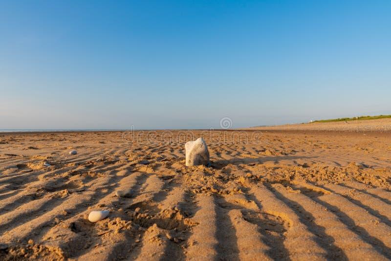 Ουαλλέζικη ακτή κοντά σε Prestatyn, Clwyd, Ουαλία στοκ εικόνα