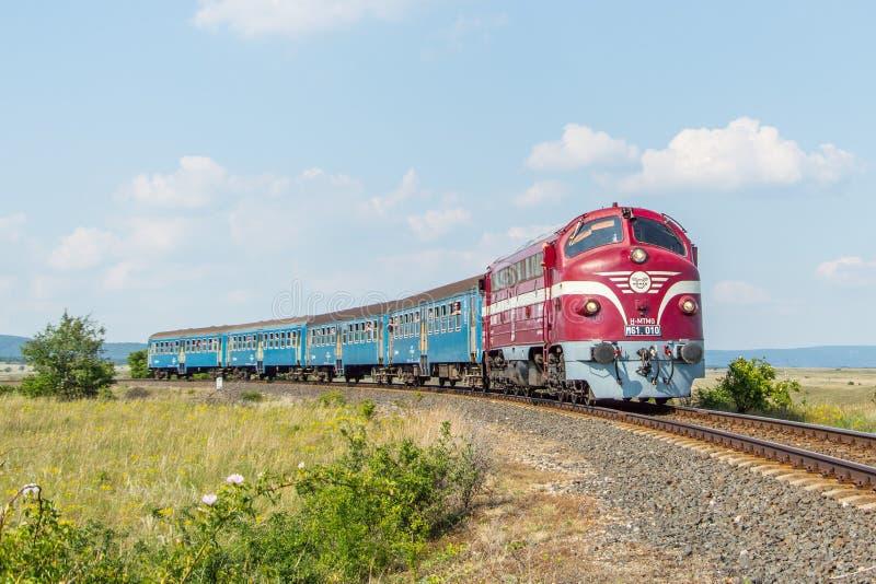 Ουγγρικό τραίνο passanger στοκ φωτογραφίες