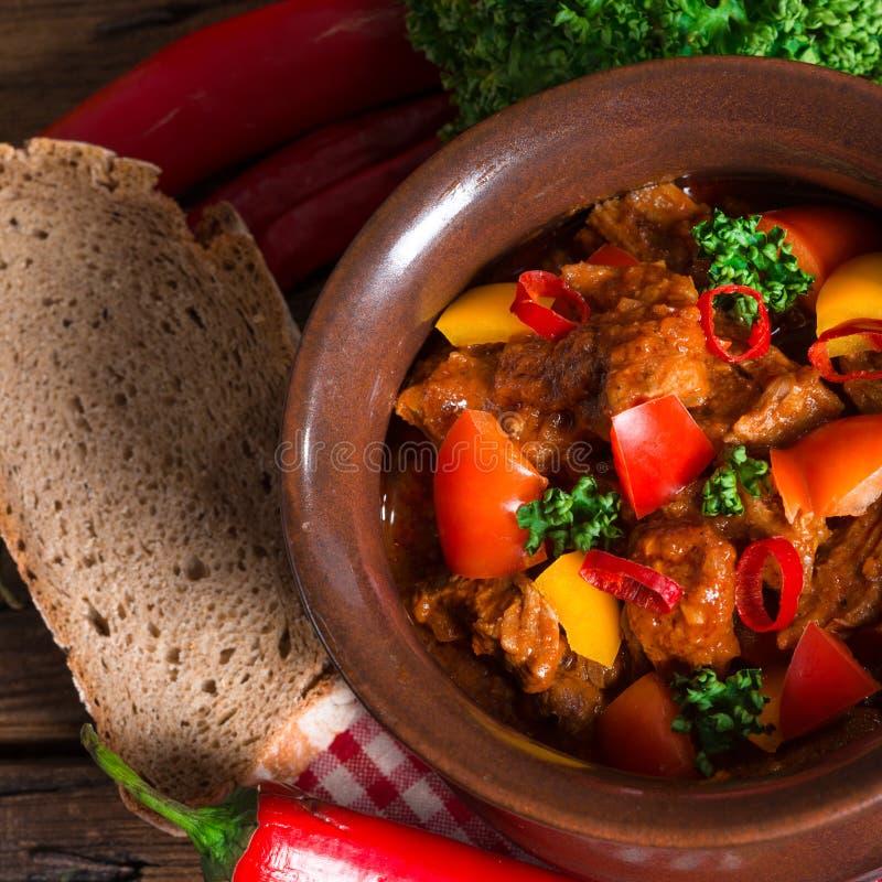 Ουγγρικό goulash στοκ φωτογραφίες