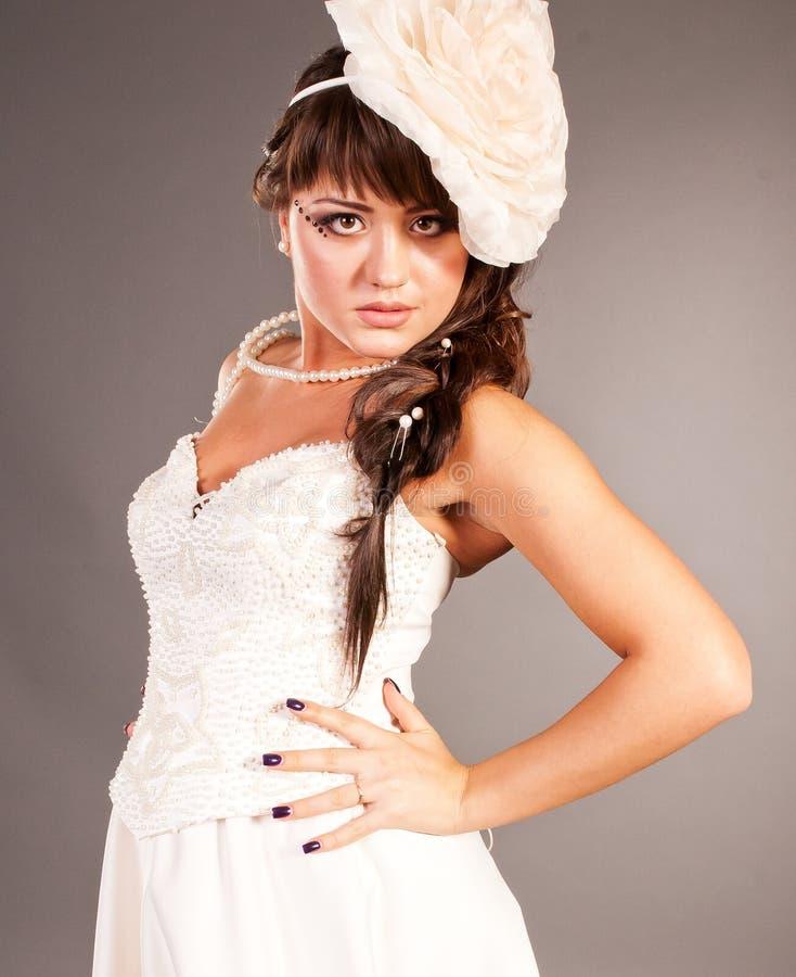 Ουκρανική μόδα κοριτσιών, η νύφη στοκ εικόνα με δικαίωμα ελεύθερης χρήσης