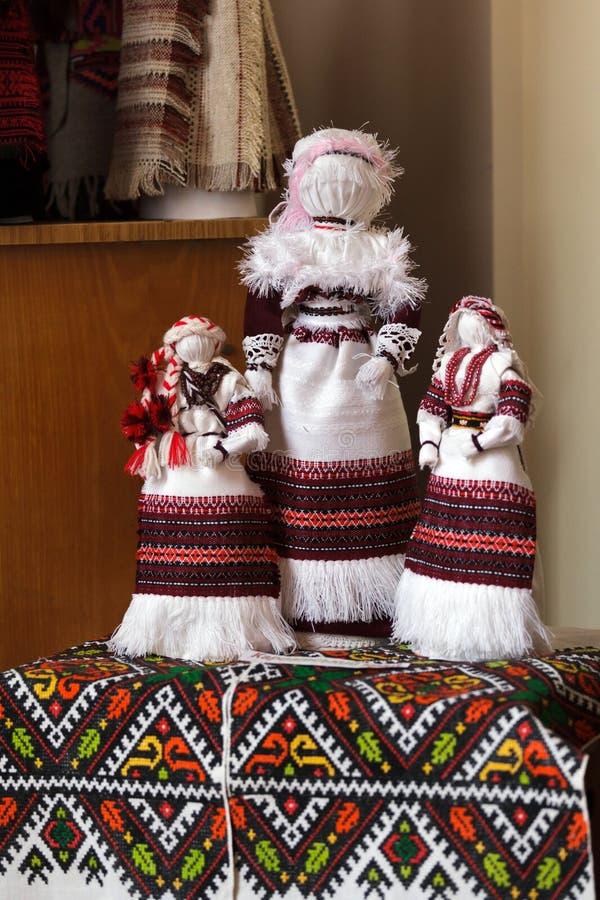 Ουκρανικό motanka κουκλών κούκλες χειροποίητες στοκ εικόνες με δικαίωμα ελεύθερης χρήσης