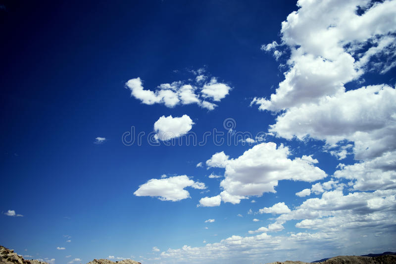 Ουρανοί ερήμων στοκ εικόνα