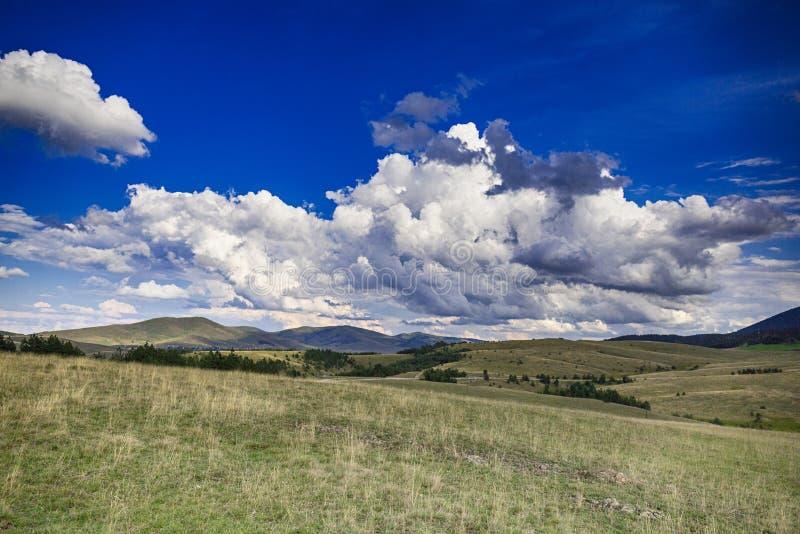 Ουρανοί και σύννεφα στοκ εικόνα με δικαίωμα ελεύθερης χρήσης
