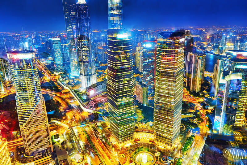 Ουρανοξύστες άποψης νύχτας, οικοδόμηση πόλεων Pudong, Σαγκάη, Κίνα στοκ φωτογραφία με δικαίωμα ελεύθερης χρήσης