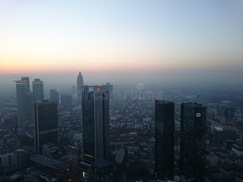 Ουρανοξύστες ηλιοβασιλέματος στοκ εικόνες