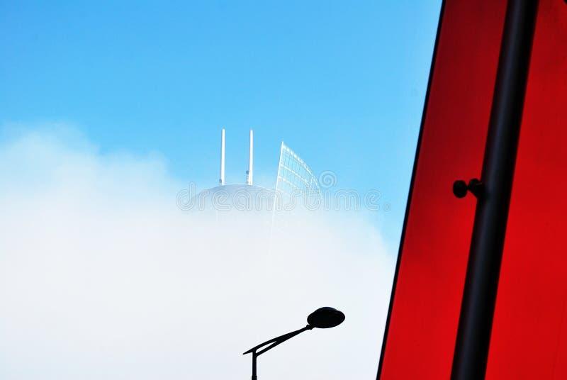 ουρανοξύστης σύννεφων στοκ εικόνα με δικαίωμα ελεύθερης χρήσης