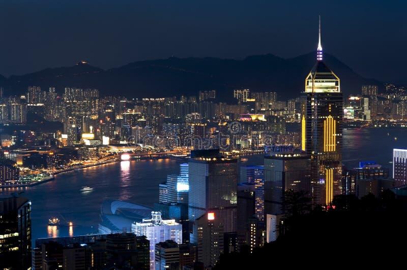 Ουρανοξύστης Plaza Centrl και λιμάνι Βικτώριας τή νύχτα, Χονγκ Κονγκ στοκ εικόνες με δικαίωμα ελεύθερης χρήσης