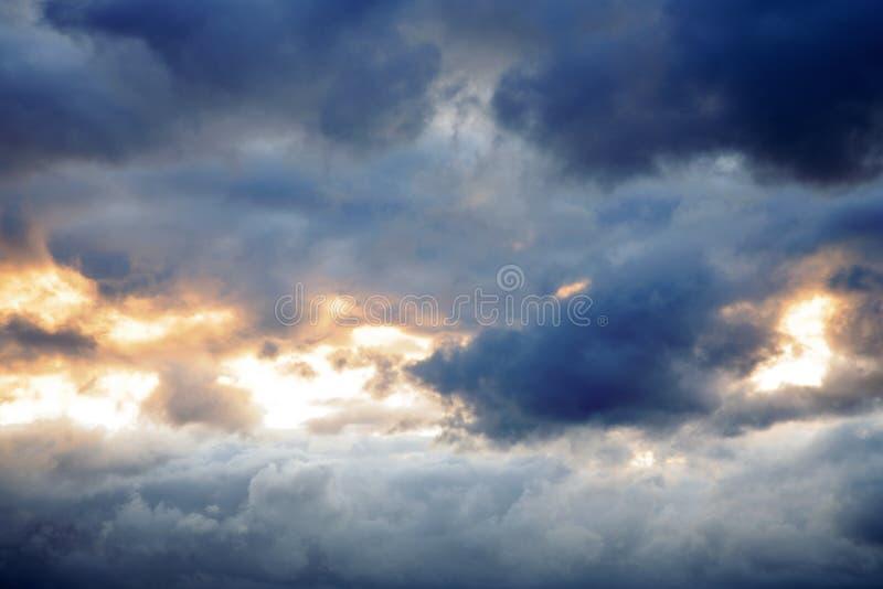 ουρανός θυελλώδης στοκ εικόνα