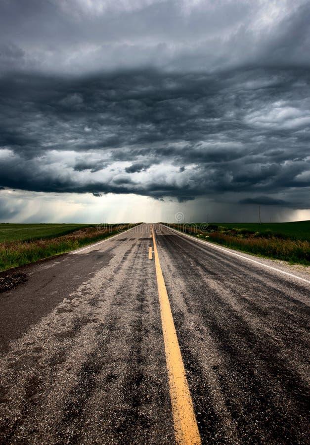 Ουρανός λιβαδιών σύννεφων θύελλας στοκ εικόνα