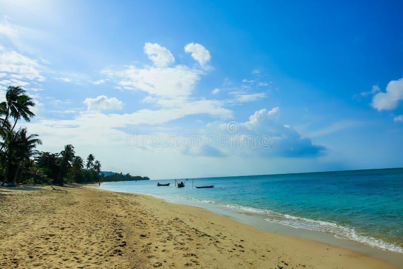 Ουρανός και μπλε θάλασσα στοκ εικόνα