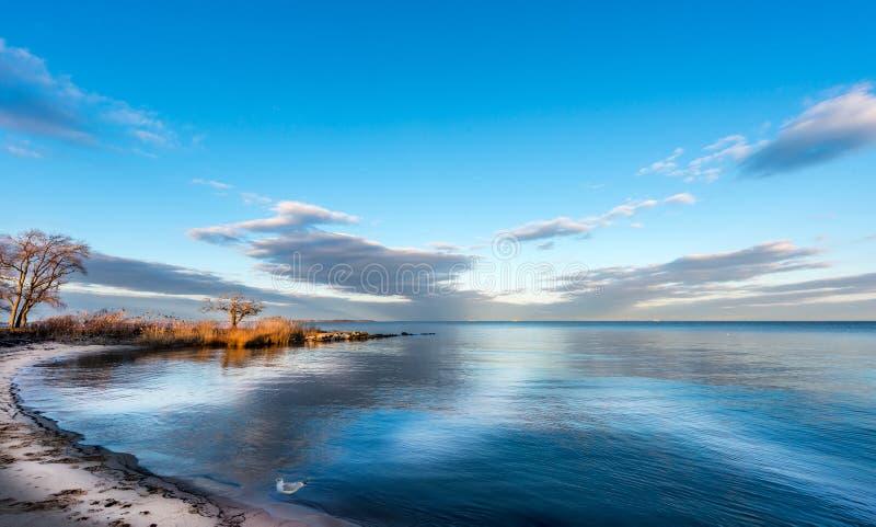 Ουρανός κόλπων Chesapeake στοκ φωτογραφίες