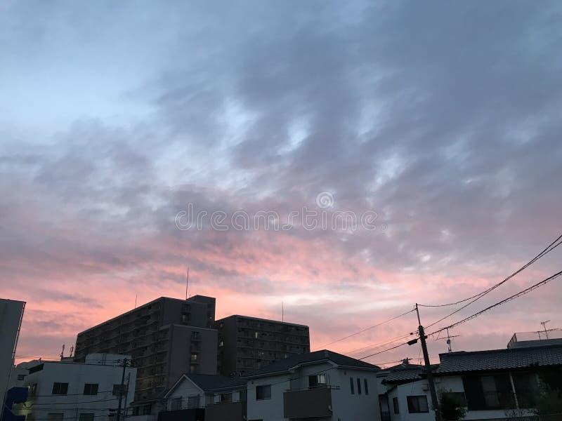 Ουρανός λυκόφατος σε μια γωνία στοκ φωτογραφία με δικαίωμα ελεύθερης χρήσης