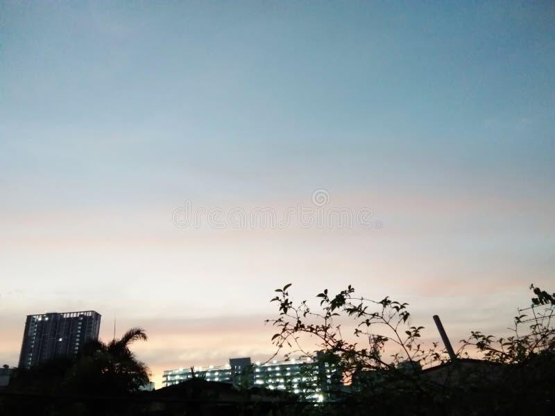 Ουρανός μετά από την κοκκινίζοντας ατμόσφαιρα στοκ φωτογραφία με δικαίωμα ελεύθερης χρήσης