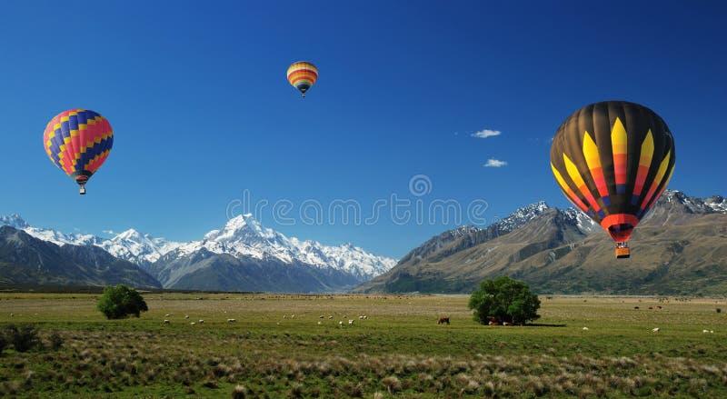 ουρανός μπαλονιών επάνω στοκ εικόνες