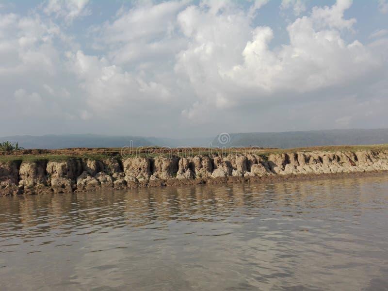 Ουρανός, νερό ND εδάφους στοκ εικόνες με δικαίωμα ελεύθερης χρήσης
