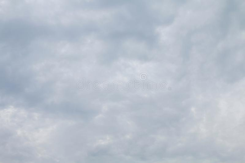 Ουρανός, ουρανού πλήρης ουρανός σύννεφων υποβάθρου σκοτεινός μαλακός στοκ φωτογραφίες