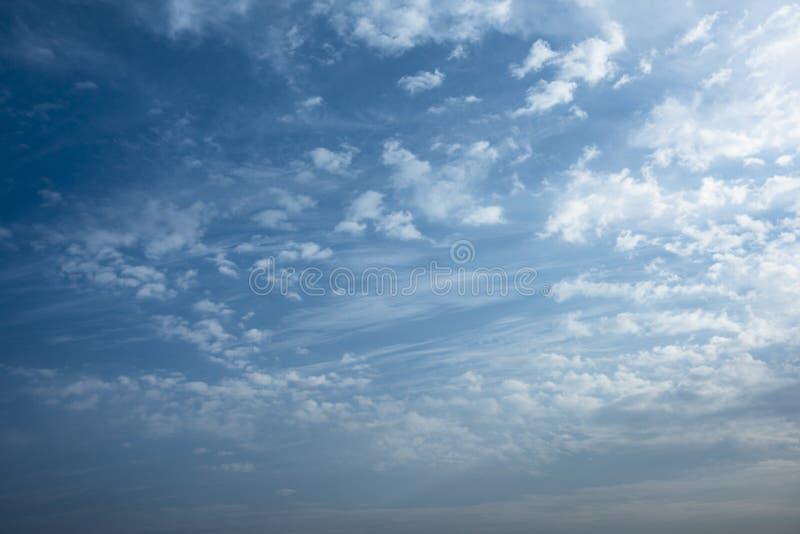 ουρανός πρωινού σύννεφων στοκ εικόνες με δικαίωμα ελεύθερης χρήσης